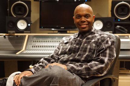 "Robert ""RAab"" Stevenson, celebrity voice teacher is interviewed on the Intelligent Vocalist podcast."